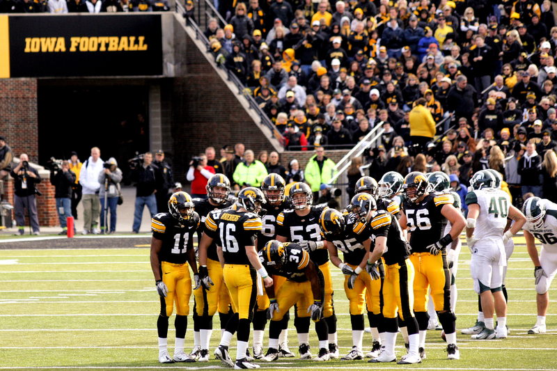 800px-Iowa_football_cropped